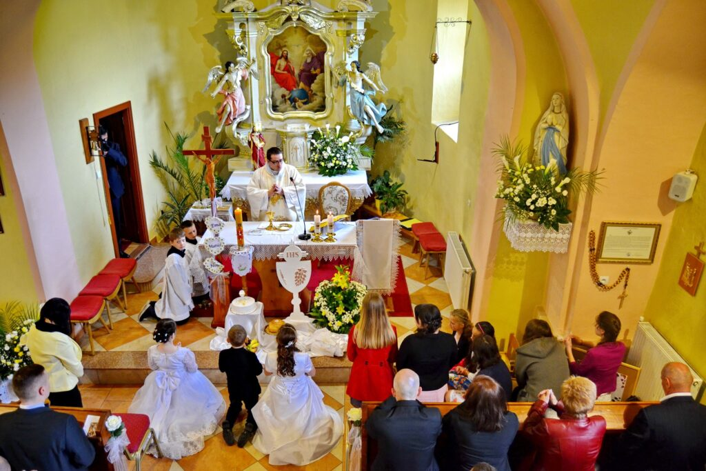 Z Prvej apológie kresťanov od sv. Justína - Slávenie Eucharistie